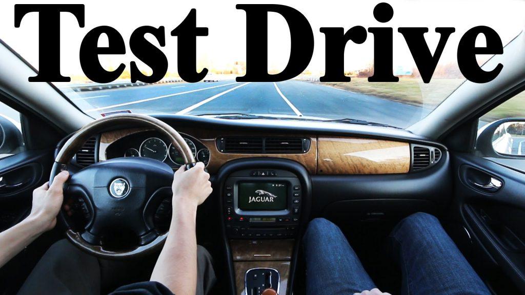 test drive auto usata vetro originale bmw controllare auto usata usato comprare acquisto attrezzi modalità consigli problemi difetti costi test drive guida