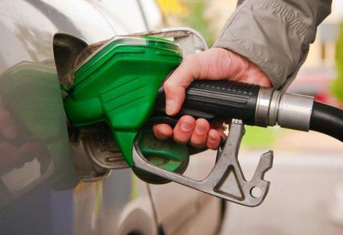 rifornimento auto stazione benzina diesel prezzi convenienza che alimentazione
