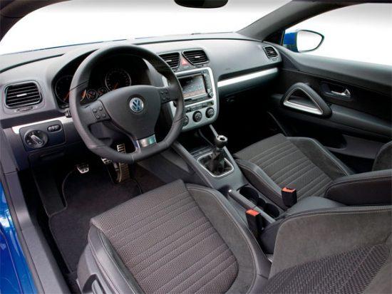 volkswagen scirocco iii mk3 vr6 gt gti executive lux rline trendline comfortline highline sportline dsg tdi tsi tfsi fsi 1.2 1.4 1.6 2.0 3.2 2.5 3.6 bluemotion 4motion offroad fuoristrada suv 2008 2009 2010 2011 2012 2013 2014 2015 2016 2017 restyling facelift anno problemi usato usata comprare difetti affidabilità acquisto carrozzeria paraurti luci fari fanali specchietti vetri portiere ruote gomme cerchi cerchioni motore diesel benzina gas gpl metano gasolio consumi bluetec testata guarnizione pompa olio iniettori interni plancia volante radio multimedia sedili spazio bagagliaio prezzi riparazioni scatola sterzo sospensioni pneumatiche idrauliche adattive elettrica elettronica cambio manuale automatico robotizzato distribuzione catena cinghia tenditore frizione volano monomassa bimassa filtro dpf fap olio freni caratteristiche sensori alzacristalli turbina climatizzatore condizionatore compressore accessori optional xeno lampadine centralina radiatore pastiglie chiusura centralizzata alternatore allestimenti chilometri navigatore hatchback dati tecnici ricambi grigia gomme griglia impianto audio recensione tergicristalli serbatoio cilindrata peso velocita massima accelerazione potenza cv kw impianto refrigerante lubrificante euroncap sicurezza italia opinioni