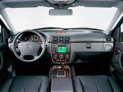 mercedes benz ml w163 SUV fuoristrada offroad prima serie generazione modello vecchio nuovo new quanto costa quanto consuma come va consumi reali germania fine produzione haldex limited edition grand final 10 amg kompressor premium epc esp lifting service reset cilindrata motorizzazioni ml230 ml270 cdi ml320 ml350 ml400 ml430 ml500 ml55amg 2.3 3.2 3.7 4.3 5.0 5.5 2.7 4.0 m111e23 m112e32 m112e37 m113e43 m113e55 om612de27la om628de40la 4matic del 1997 1998 1999 2000 2001 2002 2003 2004 2005 restyling facelift design menu nascosto anno model year problemi valutazione valore usato usata vendita versione seconda mano comprare pregi difetti affidabilità acquisto incidentata carrozzeria paraurti luci fari fanali specchietti vetri portiere ruote gomme cerchi cerchioni motore meglio diesel benzina turbo biturbo twinturbo triturbo bi-fuel gas gpl metano gasolio consumi di olio bluetooth start stop ricarica booster doppia batteria remota scarica pila trazione anteriore posteriore integrale elettrica ecu obd2 percorrenza autonomia allestimento testata guarnizione cilindri pistoni pompa olio acqua infiltrazione modalità avaria iniettori fumo bianco blu azzuro grigio nero interni plancia volante radio multimedia infotainment jack aux cd changer yatour novitec usb sedili riscaldati spazio pulsanti minigonne tetto apribile bagagliaio baule prezzi riparazioni rumori scatola trasmissione ripartitore di coppia cremagliera sterzo sospensioni pneumatiche idrauliche adattive configuratore codding blocco differenziale riduttore cardano semiasse scarico fusibile elettronica cambio manuale automatico robotizzato variatore lavaggio solenoidi blocco idraulico convertitore di coppia meccatronica distribuzione servizi catena cinghia tenditore elaborazioni spie quadro doppia frizione multidisco rumore volano monomassa bimassa valvola egr filtro dpf fap intasato olio abitacolo carburante dischi pastiglie freni caratteristiche sensori alzacristalli turbina turbocompressore errore chiave climatizza